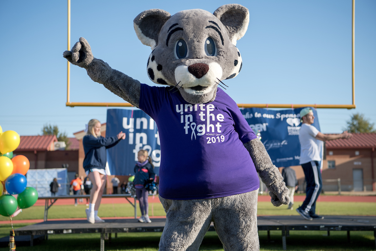Roary wearing Unite in the Fight shirt