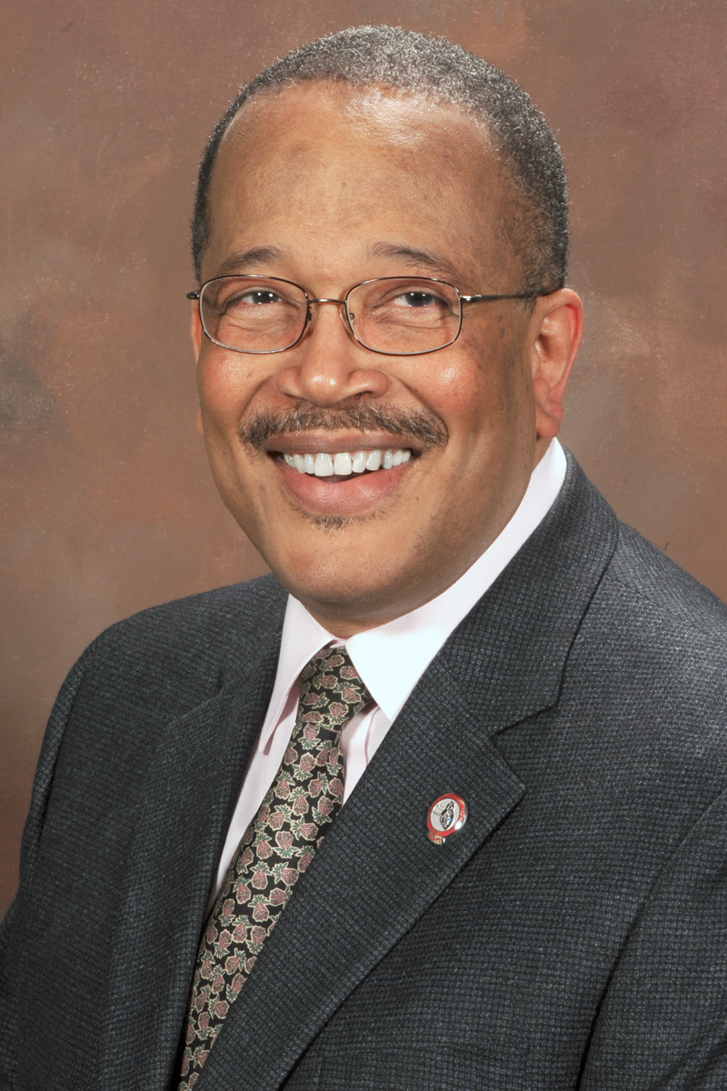 photo of VINCENT ROBINSON, MD, FACC, FRCP(C)