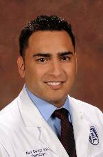 photo of Alex Clavijo, MD