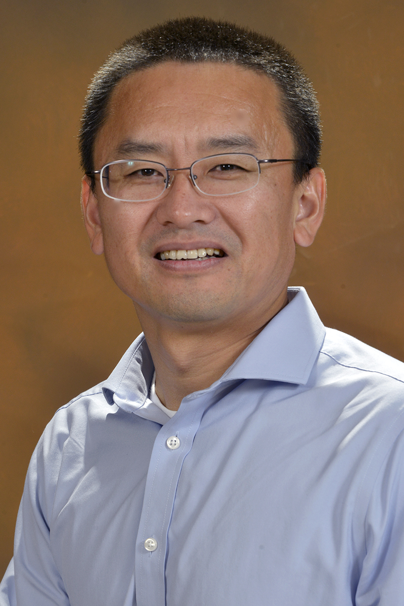 photo of Dr. Shaobin Miao