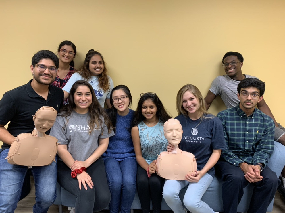 SHAC students CPR training