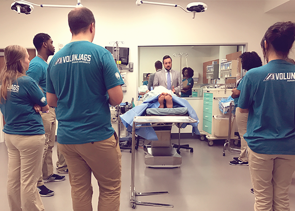 Volunteers in the simulation lab